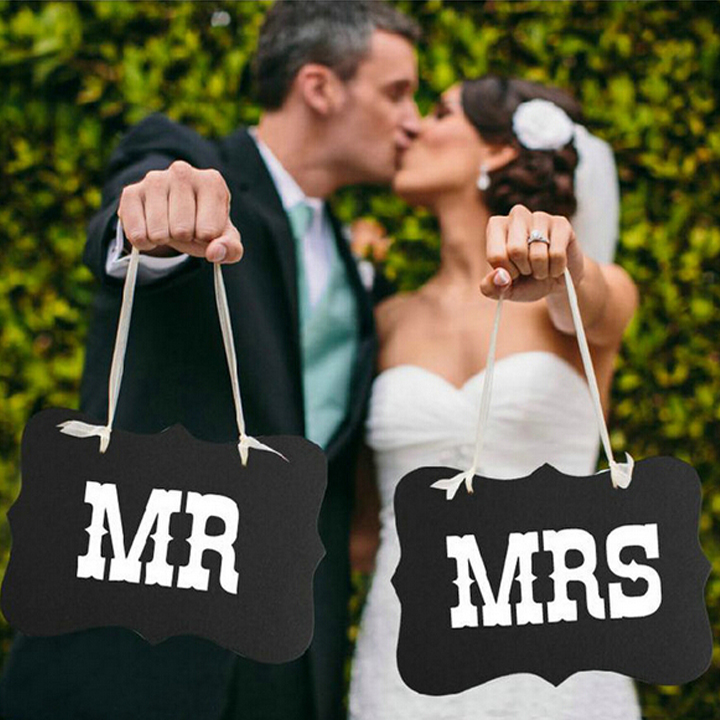 MR & MRS Signs for Pre-wedding