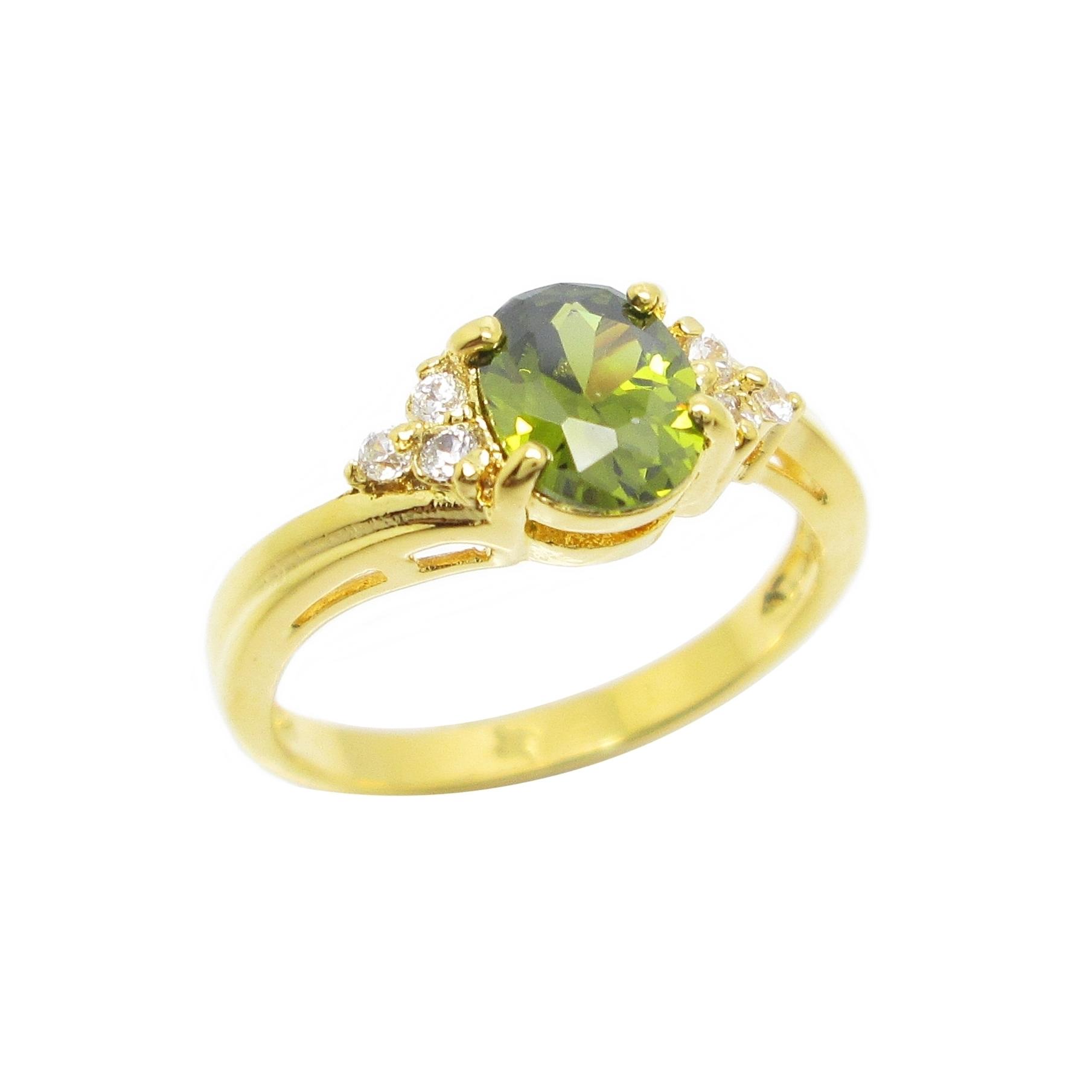 แหวนพลอยสีเขียวส่องประดับเพชรข้างชุบทอง