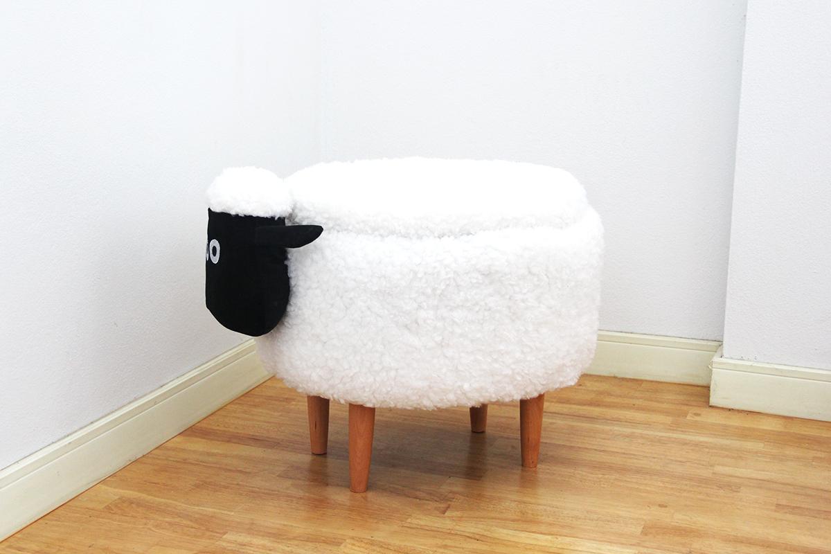 เก้าอี้เก็บของได้รูปแกะ สีขาว