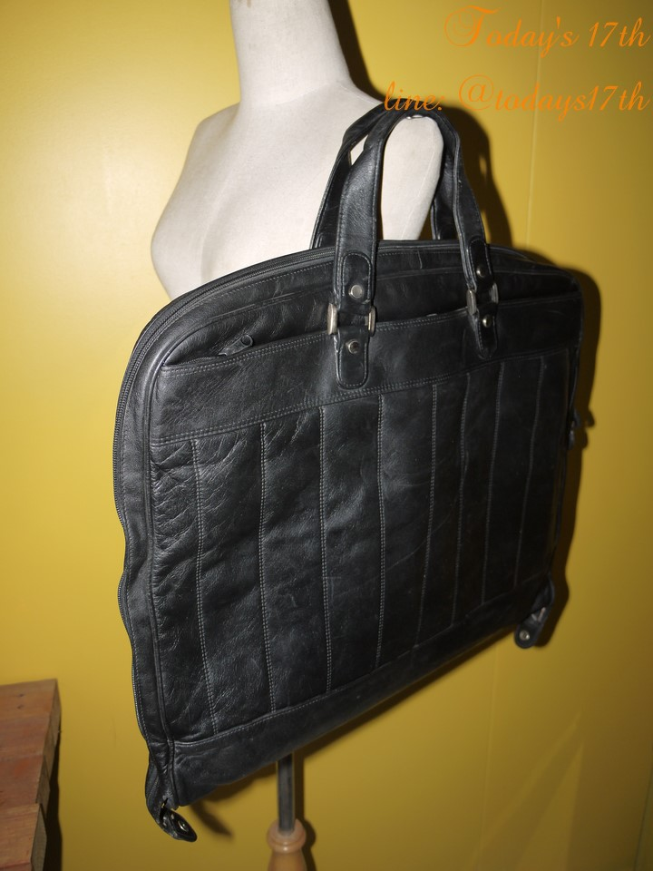 กระเป๋าหนังแท้ใส่สูท (Japan)