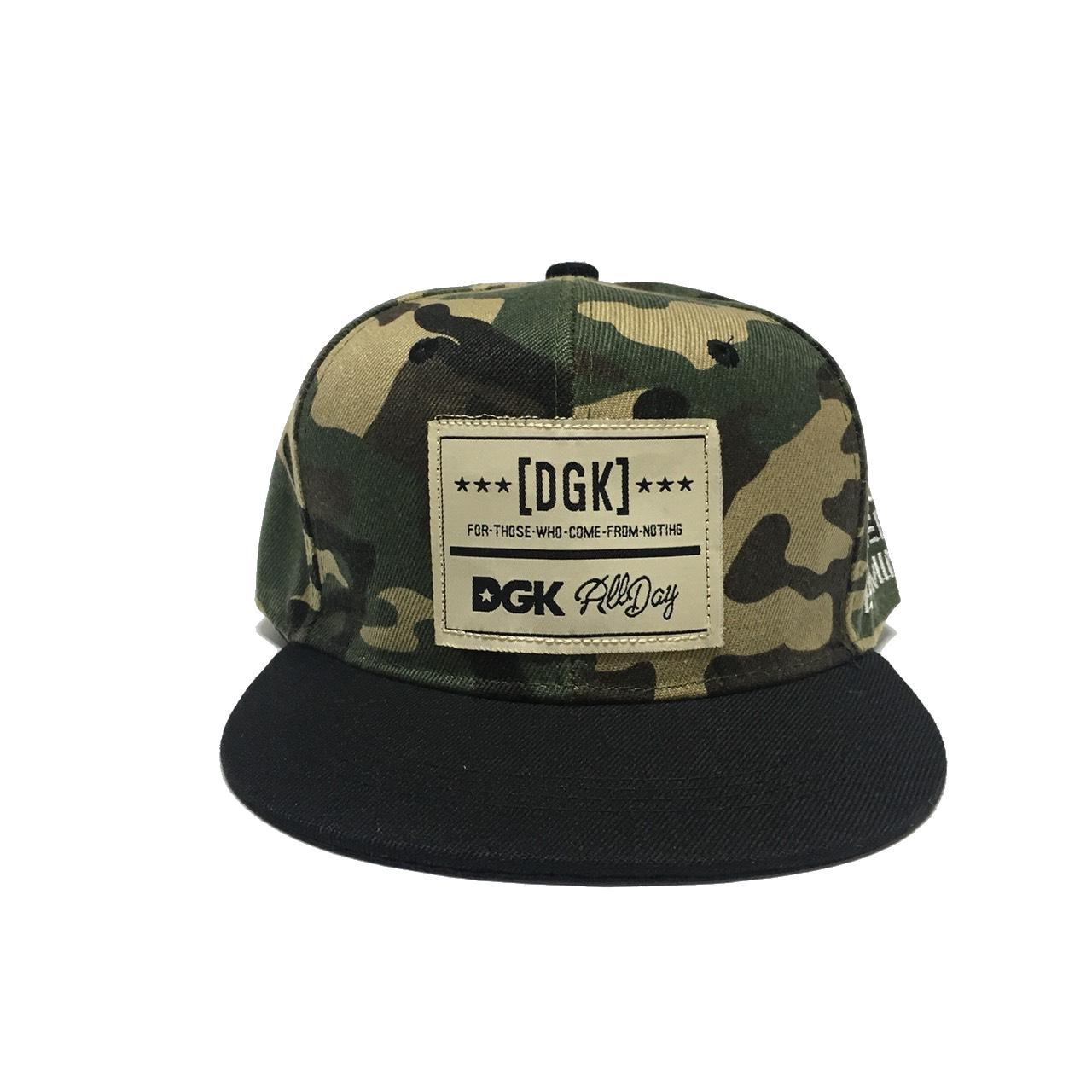 หมวกทรงฮิปฮอป สำหรับเด็ก ปัก DGK ขนาดศีรษะ 47-54 ซม สามารถปรับขนาดได้ เหมาะสำหรับน้อง ๆ วัย 2-8 ขวบ