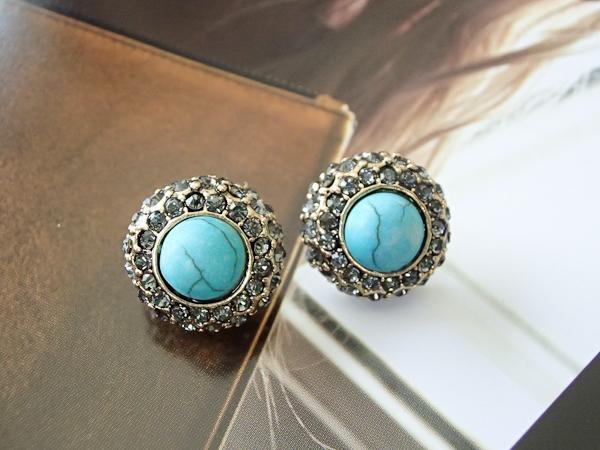 ต่างหูแฟชั่น Zara หินกลมสีฟ้าแบบ Vintage