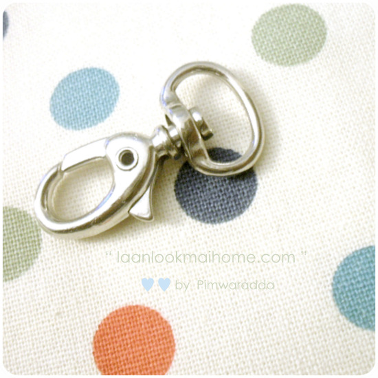 Snaphook7 : ตะขอก้ามปู ขนาดช่องใส่สายกระเป๋า 1.5 cm ตัวตะขอยาว 3.5 cm กว้าง 1.2 cm