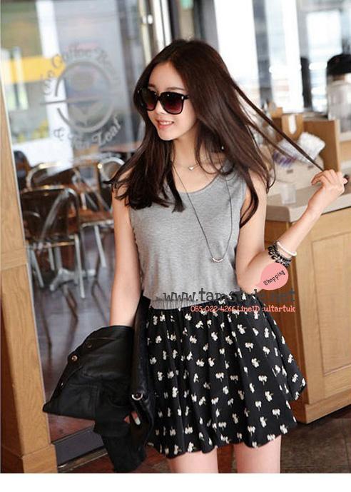 Dress114 -เดรสแฟชั่น แขนกุด ด้านบนสีเทา กระโปรงพิมลาย สีดำ อก 32-33 ((เดรสแฟชั้นพร้อมส่ง))