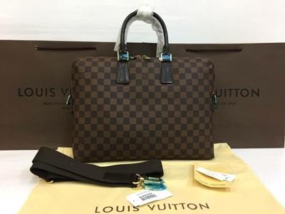 กระเป๋าแบรนด์Louis Vuitton massenger bag งานHiend