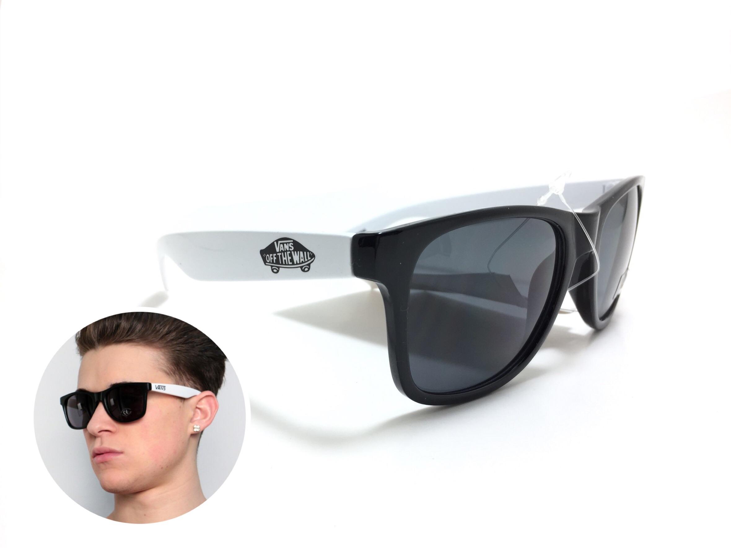 แว่นกันแดด Vans Spicoli 4 Black/White <ขาว>