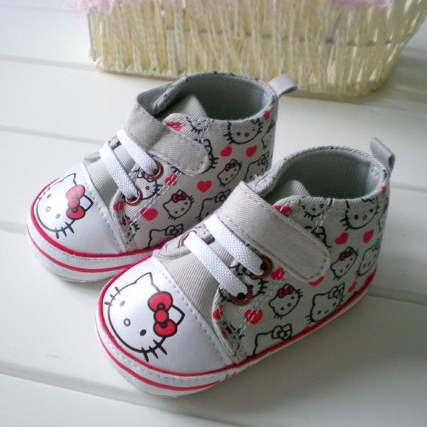 BE2022 (Pre) รองเท้าผ้าใบ Hello Kitty (0-1 ขวบ)