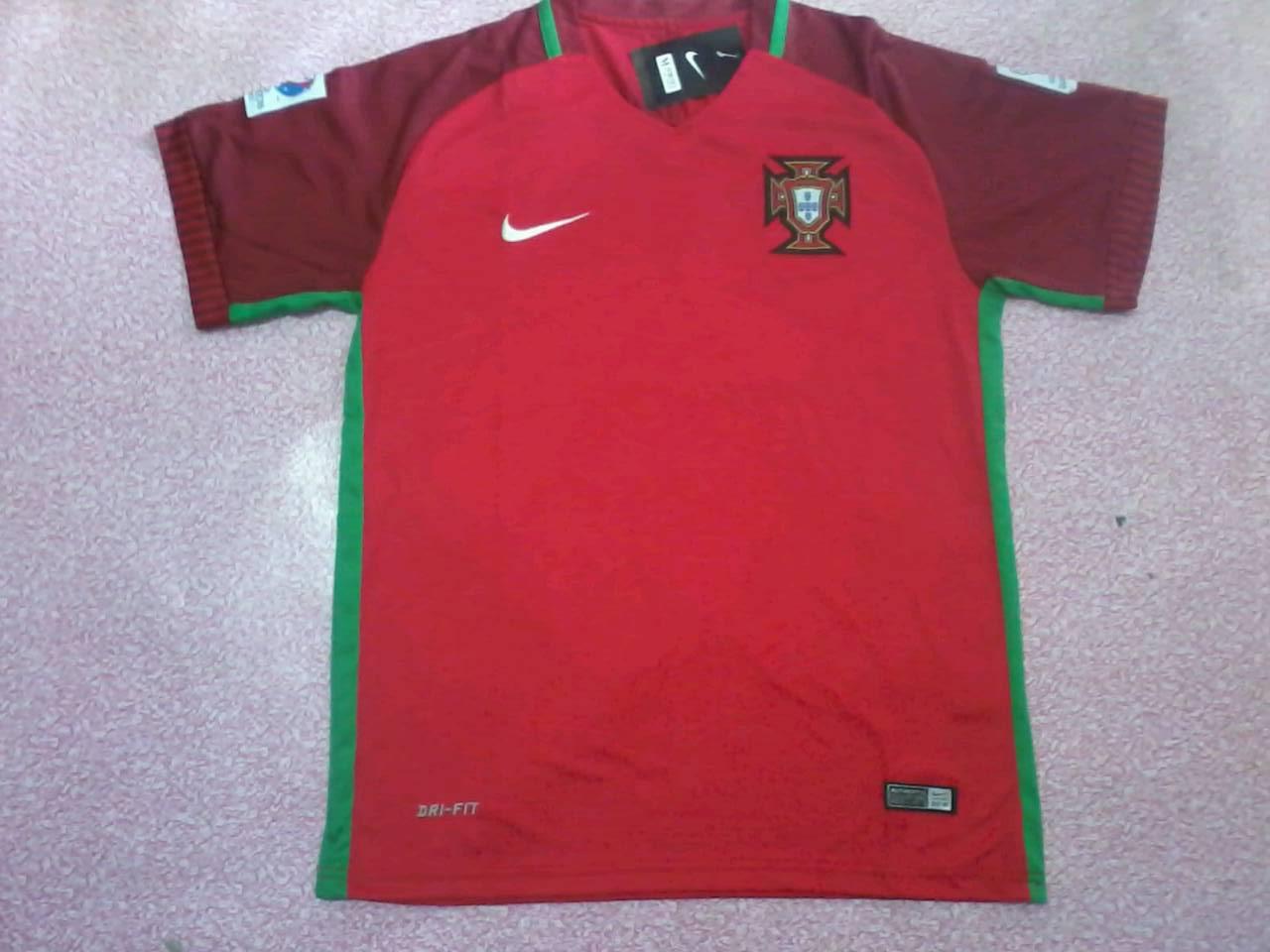 ชุดบอลยูโรทีมชาติโปรตุเกษ สีแดง