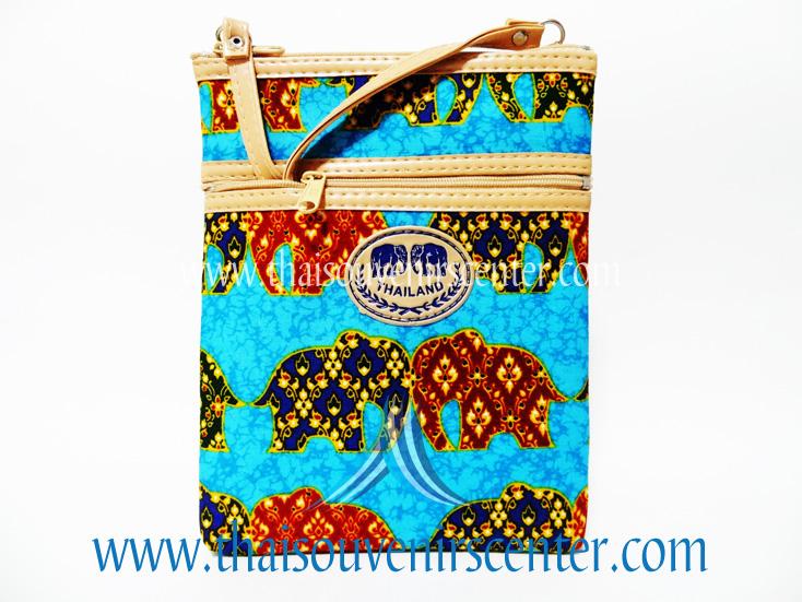 ของฝากจากไทย กระเป๋าสะพายลายช้างผ้าถุงสายหนัง แบบ 6 สีฟ้า