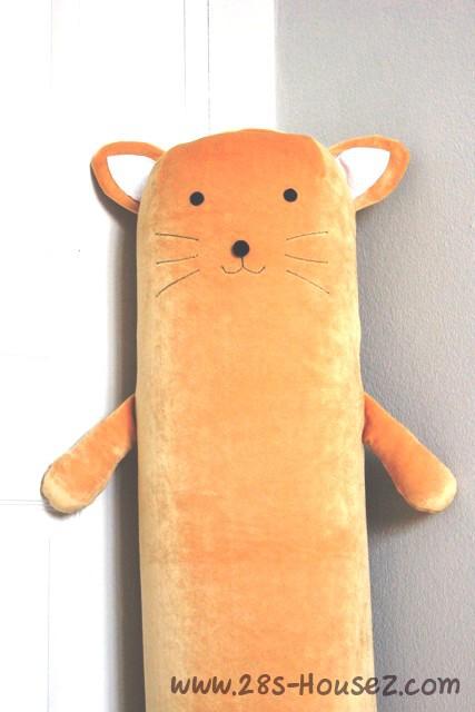 ปลอกหมอนข้างตุ๊กตาแมว สีน้ำตาล ## พร้อมส่งค่ะ ##