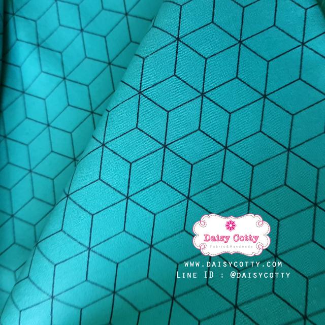ผ้าคอตตอน 100% 1/4 ม.(50x55ซม.) พื้นสีเขียวฟ้า ลายสีดำ