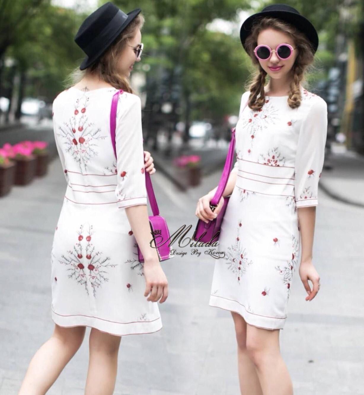 เดรสเกาหลี พร้อมส่ง Dress คอกลม แขน5ส่วน