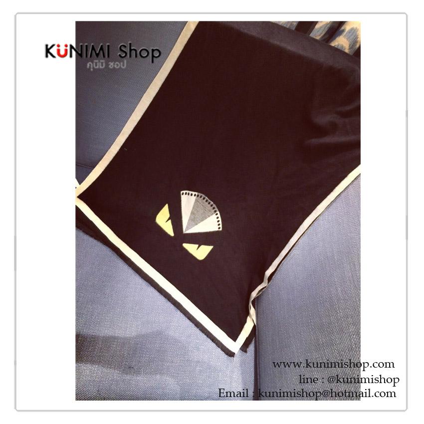 ผ้าพันคอ ผ้าคลุมไหล่ แฟชั่น สีกรมท่า สีดำ พิมพ์ลายสวย งานดีคะ ผ้าหนา สามารถใช้พันคอ คลุมไหล่ สวยดูดี ซื้อเป็นของขวัญ ของฝากได้ทุกโอกาสคะ