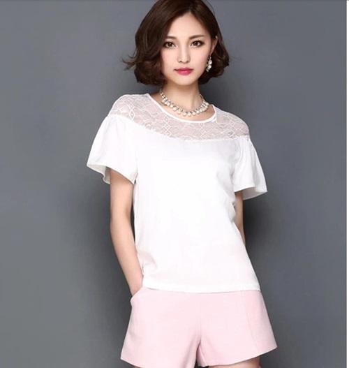 Pre-order เสื้อชีฟองประดับลูกไม้ แขนใบบัว สไตล์ย้อนยุคหวาน ๆ สีขาว