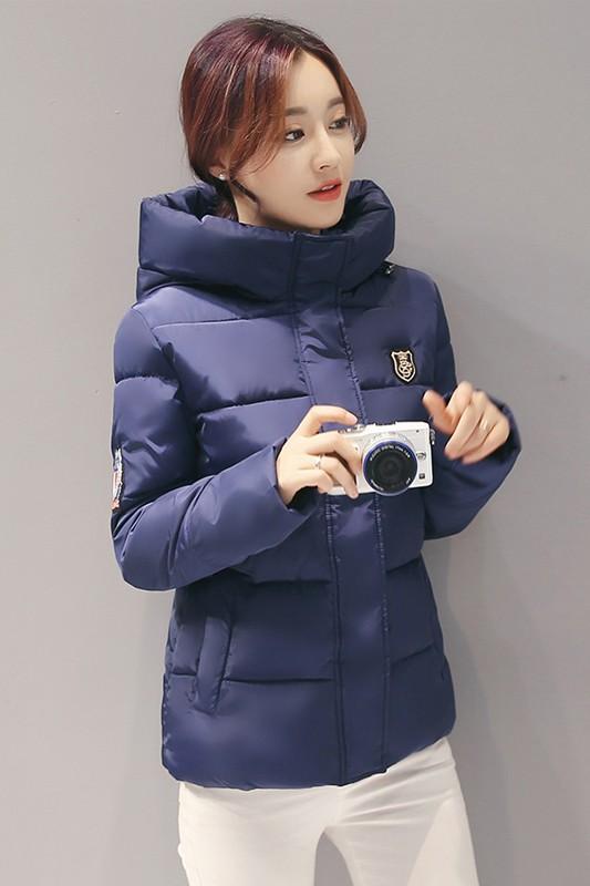 (พร้อมส่ง) เสื้อกันหนาว เสื้อโค้ทแฟชั่น สีกรม ผ้าร่ม กันลมหนาว มีฮูท ลายทางเก๋ มีกระเป๋า มีซับในค่ะ แฟชั่นมาใหม่สไตล์เกาหลี ใส่ขึ้นดอย หรือ ใส่เดินทางไปต่างประเทศตัวนี้เอาอยู่ค่ะ