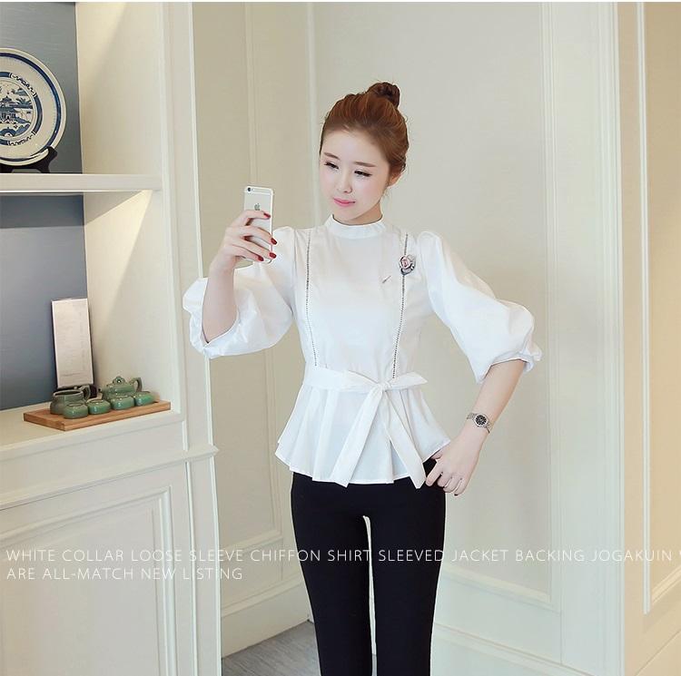 KTFN เสื้อแฟชั่นเกาหลี ผ้าผ้าฝ้ายแต่งลายฉลุ พร้อมเข็มกลัดถอดได้ ซิปด้านหลัง แขนตุ๊กตา มีสายผูกเอว สีขาว