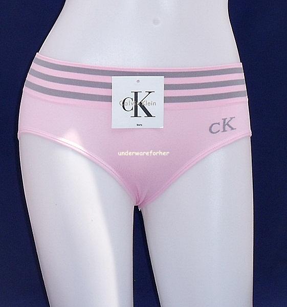 ชุดชั้นในผู้หญิง CK สีชมพู ขอบ 3 แถว