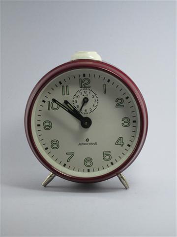 U748 นาฬิกาปลูก Junghans เดินดีปลุกดี ส่ง EMS ฟรี