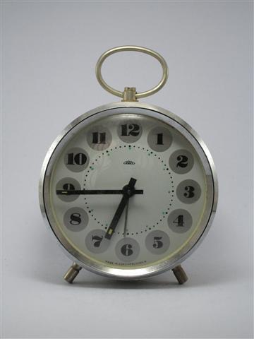 U773 นาฬิกาปลูกโบราณ PRIM เดินดีปลุกดี ส่ง EMS ฟรี