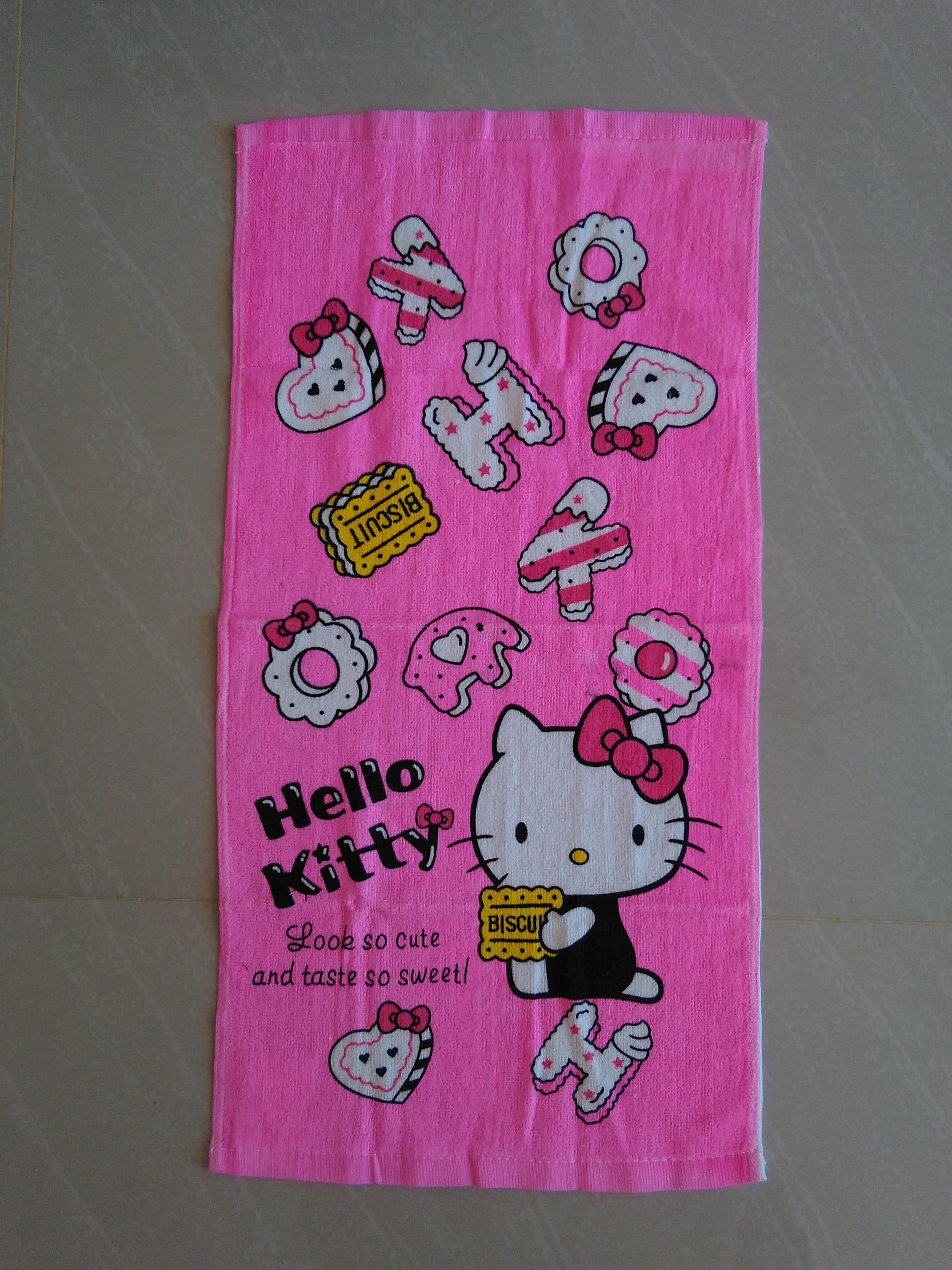 ผ้าขนหนูผืนเล็ก ฮัลโหลคิตตี้ Hello kitty ขนาดกว้าง 34 ซม. * ยาว 64 ซม. ลายฮัลโหลคิตตี้โบว์ พื้นชมพู