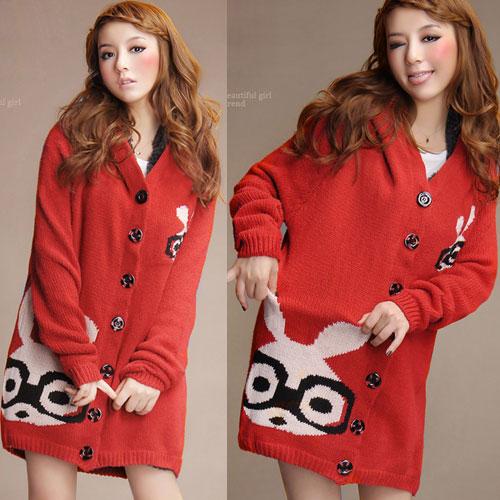 ++สินค้าพร้อมส่งค่ะ++เสื้อ coat เกาหลี สไตล์ cardigan ตัวยาว แขนยาว มี hood ซับในด้วยขนนิ่มอุ่นมากๆ ค่ะ ทอรูปกระต่ายด้านหน้า เก๋ – สีแดง