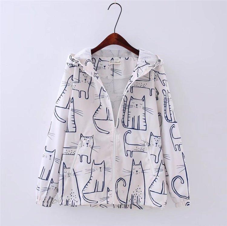 แจ็คเก็ตผ้าร่มโพลีเอสเตอร์ สีขาวลายแมว มีฮู๊ต