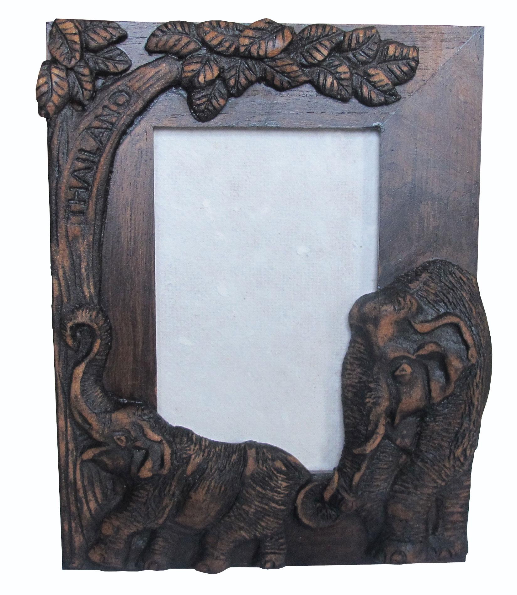 กรอบรูป ลวดลายช้างไทย ทำจากไม้ลวดลายสวยงาม เป็นสินค้าที่เรอค้ามาก