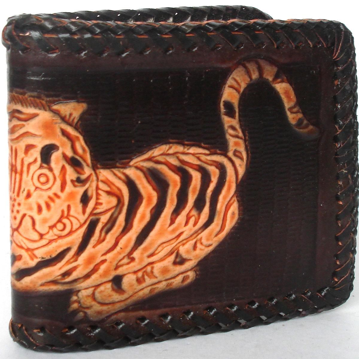 กระเป๋าสตางค์แบบ 2 พับ หนังวัวแท้ Line id : 0853457150