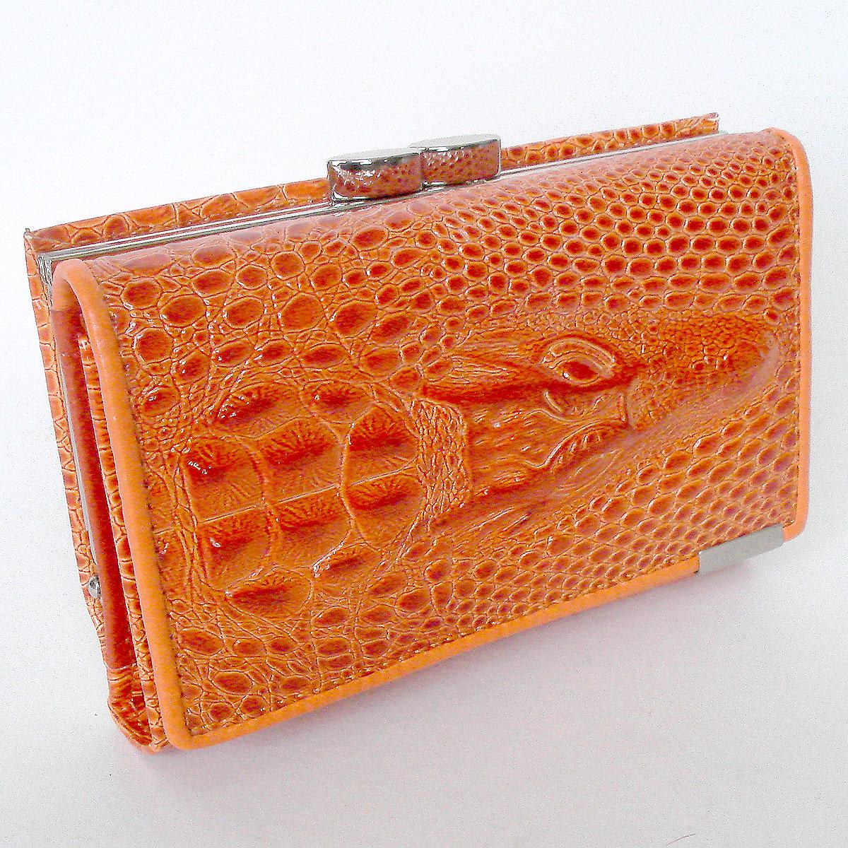 กระเป๋าสตางค์อัดลายหัวจรเข้ รูปทรงยาว เป็นแบบ Mini Clutch Wallet