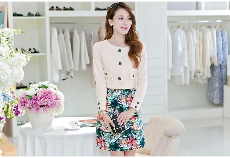 เสื้อผ้าแฟชั่นอินเทรนด์ Set เสื้อสูท และ เดรสโทนสีเขียว สวยสุดๆ ครับ