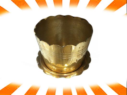กระถางธูปจานรอง เนื้อทองเหลืองขนาด 3.5 นิ้ว