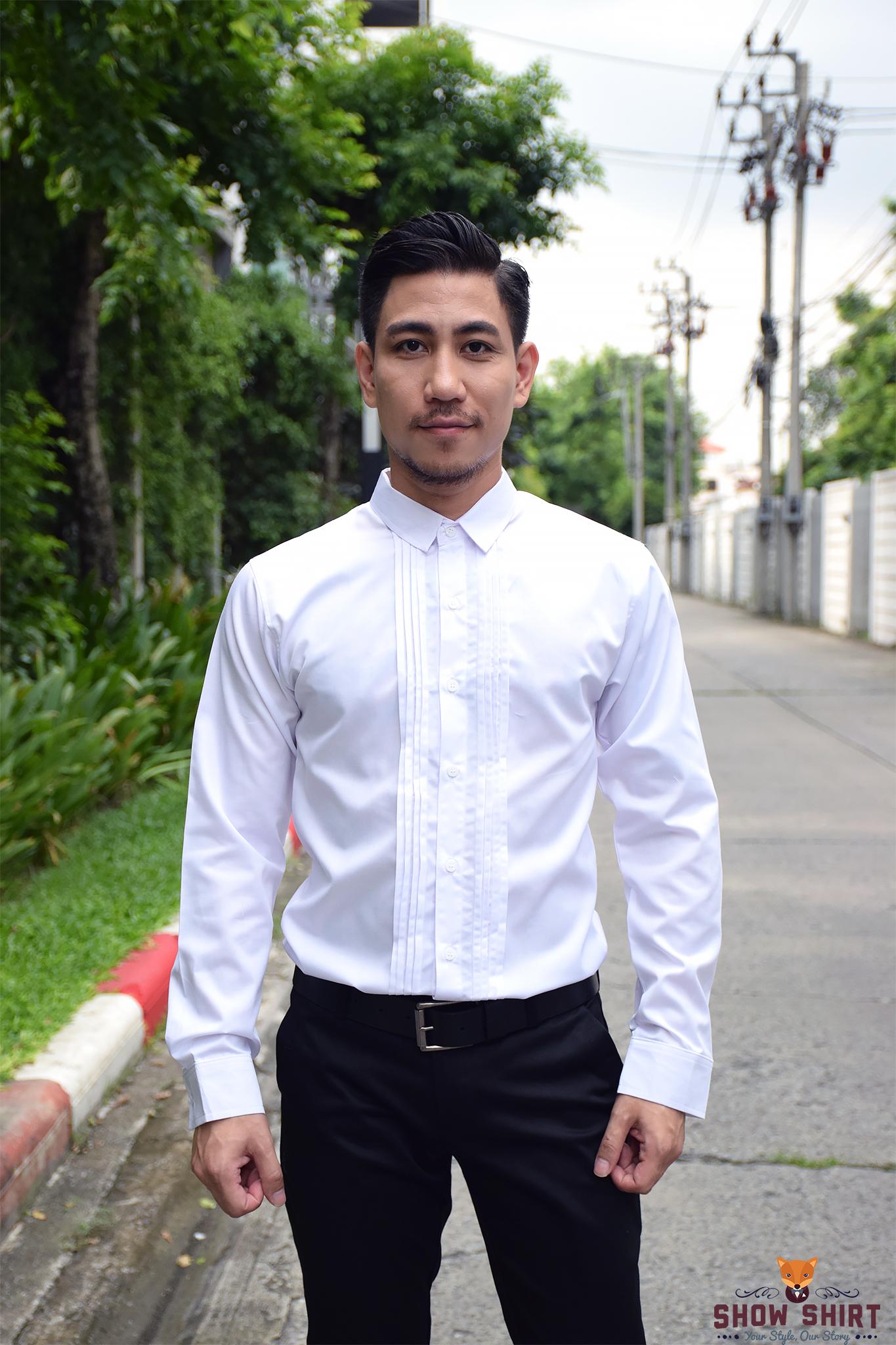 เสื้อเชิ้ตสีขาว รุ่นจีบหน้า
