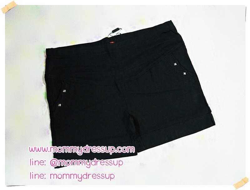 กางเกงขาสั้นสีดำ กระดุมกากบาท 2 เม็ด ผ้านิ่มใส่สบายค่ะ เอวปรับระดับได้