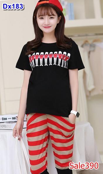 #ชุดSETเสื้อยืดสีดำ แขนสั้น พิมพ์ลาย + กางเกงลายขวางสีน้ำตาลสลับแดงขาสามส่วน ผ้าเนื้อนิ่มใส่สบายมากๆคะ