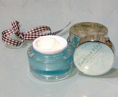 ครีมหน้าใส EMBLICA Plus Anti Scar & Acne Cream 20 g.