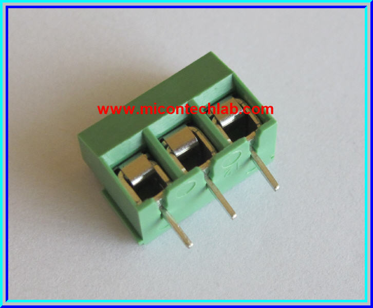 1x SCREW TERMINAL BLOCK 3 PINS Pitch 5.0mm 300V/10A GREEN COLOR