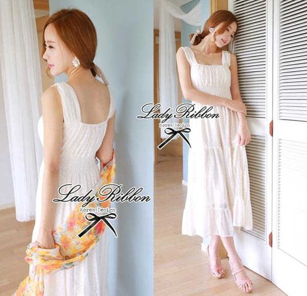 Lady Ribbon Sweet Lace Maxi Dress เดรสยาวผ้าลูกไม้สีครีม
